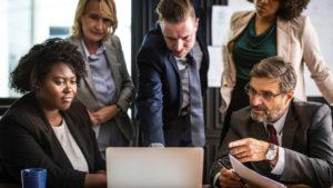 Jak wykorzystać czata w kancelariach prawnych?